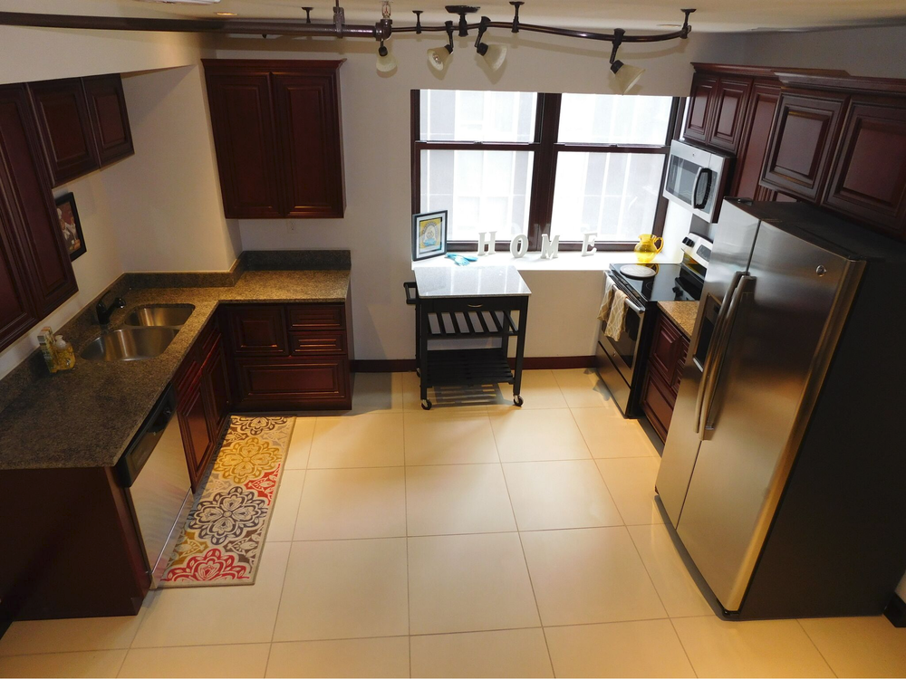 04 Unit - 1 Bed/1.5 Bath - 943 sq. ft. - $1,425/mo