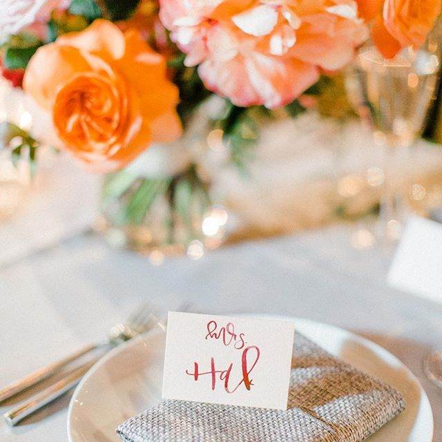 I am so fortunate to be able to call Mrs. Hak a #lovefoxbride. ❤️ I loved dreaming up these blush and burgundy watercolor place cards for her incredibly gorgeous wedding day. Being a part of every bride's big day is not something I take lightly, and I will always continue to promise to deliver the most beautiful work that is humanly possible with these two hands! 📷: @vanessamarieweddings