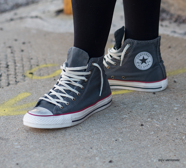 3454e47a710a Converse Well Worn — Très Awesome