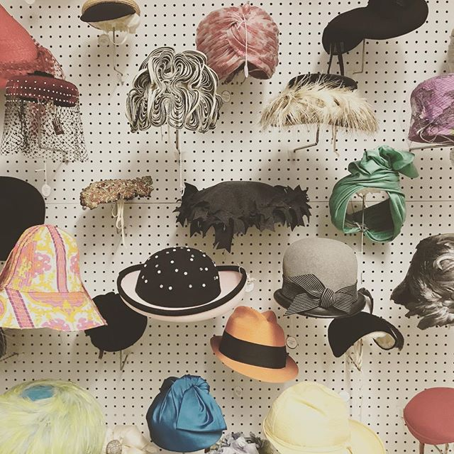 Oh the stories these hats could tell! Thanks @saicpics for the fabulous tour today including a stop in the fashion archives. @webershandwick