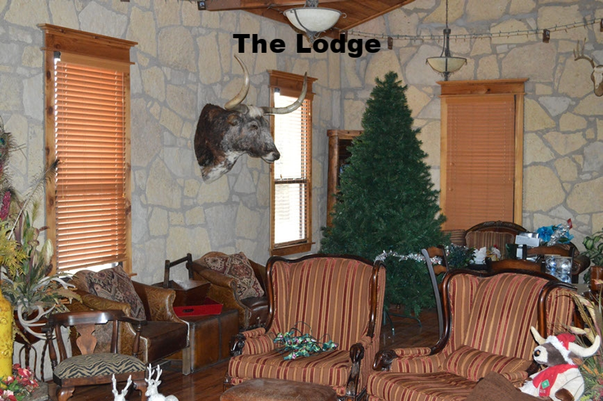 thecirclebarranch_lodge_3.jpg