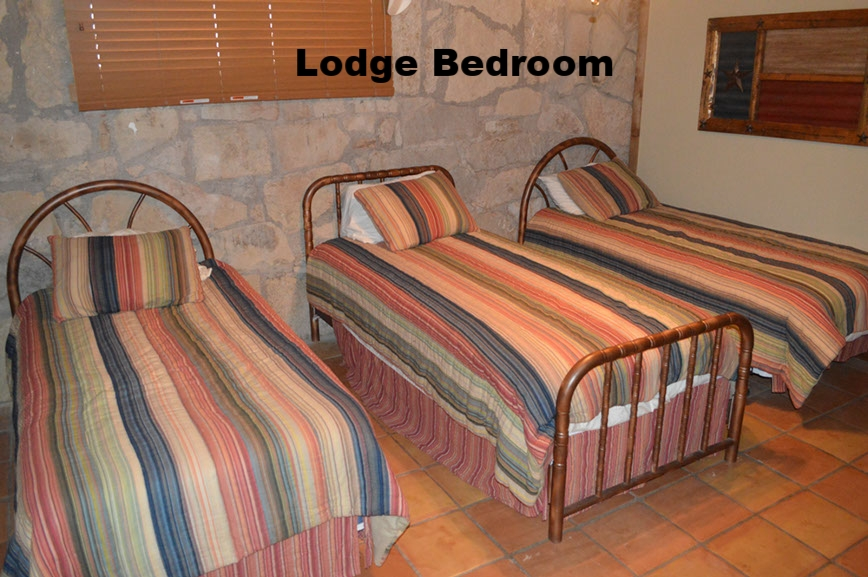thecirclebarranch_lodge_5.jpg