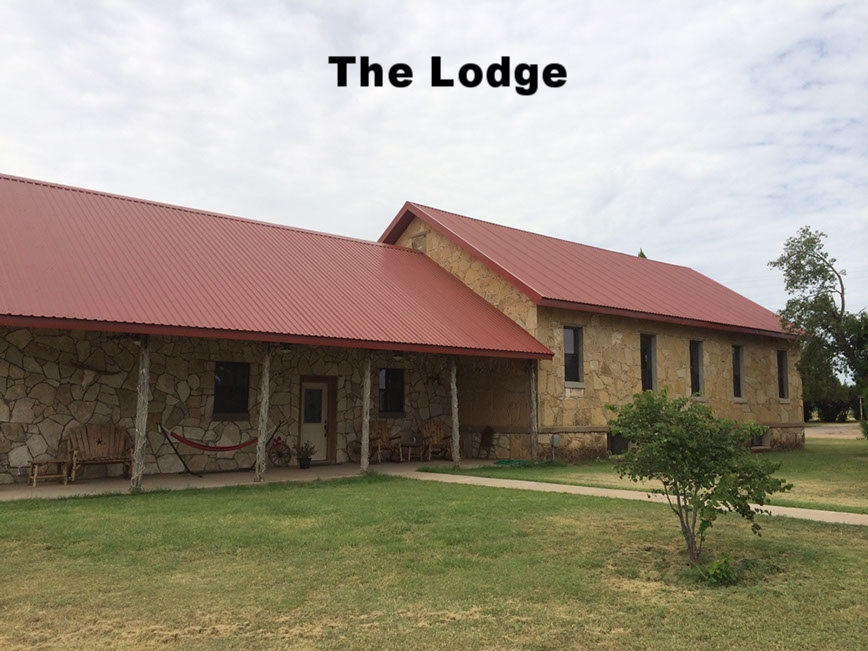 thecirclebarranch_lodge_19.jpg
