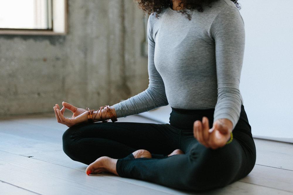 women of color meditation
