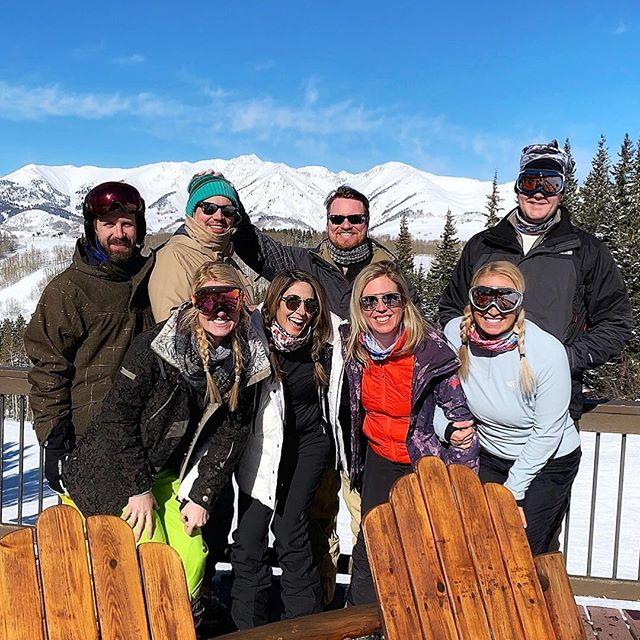 Had the BEST week in my fave place @skicrestedbutte with my fam + besties + a whole bunch of kiddos. Skiing my favorite runs, eating all my favorite foods and laughing till I cried. Can't wait to be back. #skicb #UnicornsLoveRainbows #dynamoshrimp