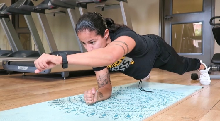 personal trainer plank punches