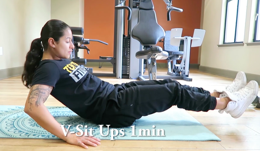 personal trainer v-sit up