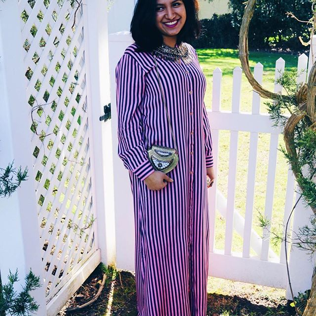 When in doubt, stripe! ✌🏼😍 #tuesdaytip Search: Pink/Navy Blue Striped