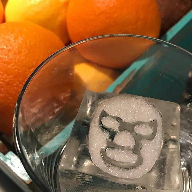 Lucha hielo? . . . . . #luchalibre #cocktailart #igsweden #stockholm #mixology