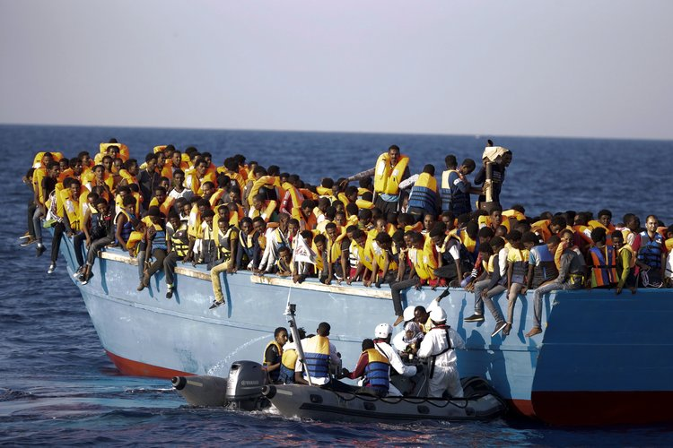 Explainer Whats Difference Between >> Explainer What Is The Difference Between Asylum Seekers Refugees