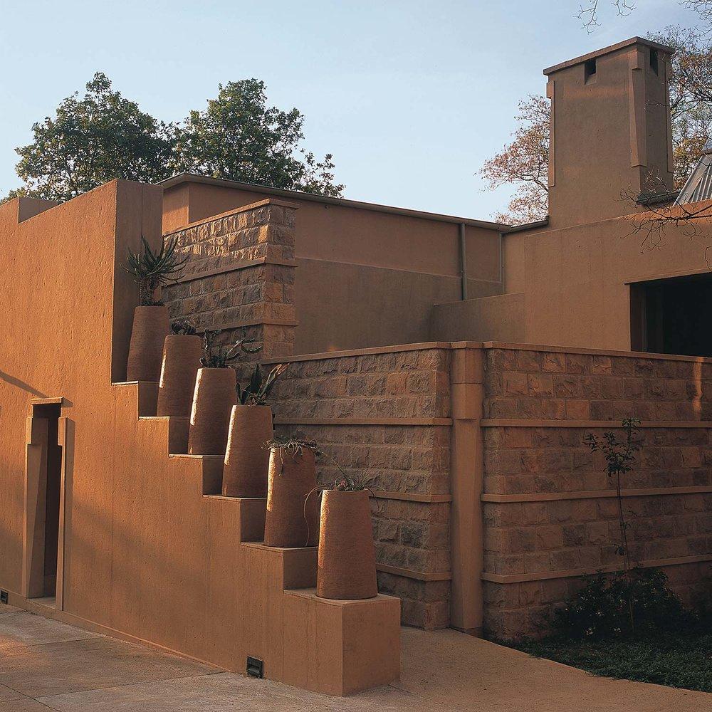 Sculpture-House-Web-03.jpg