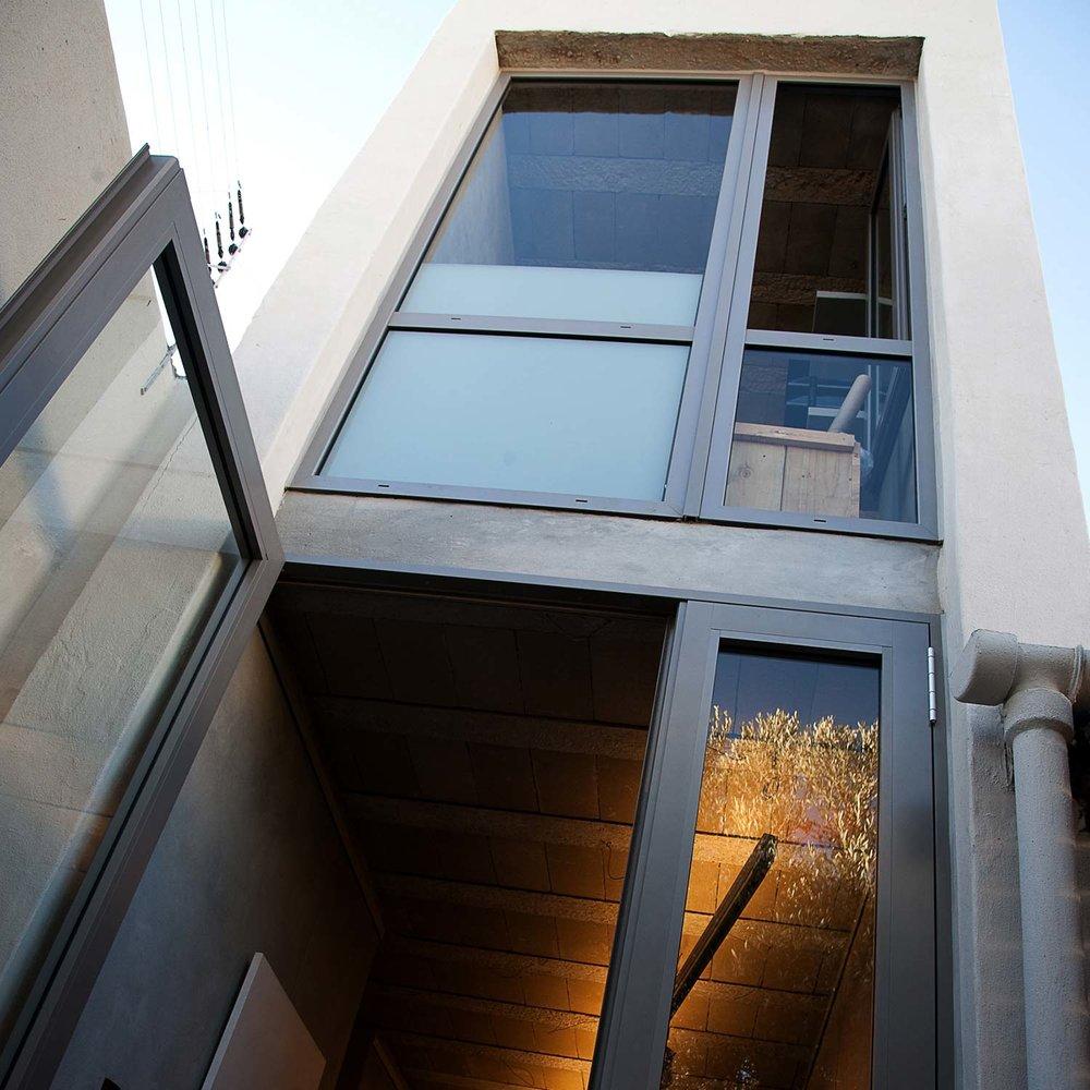 Slee-Gallery-&-Studio-Web-01.jpg