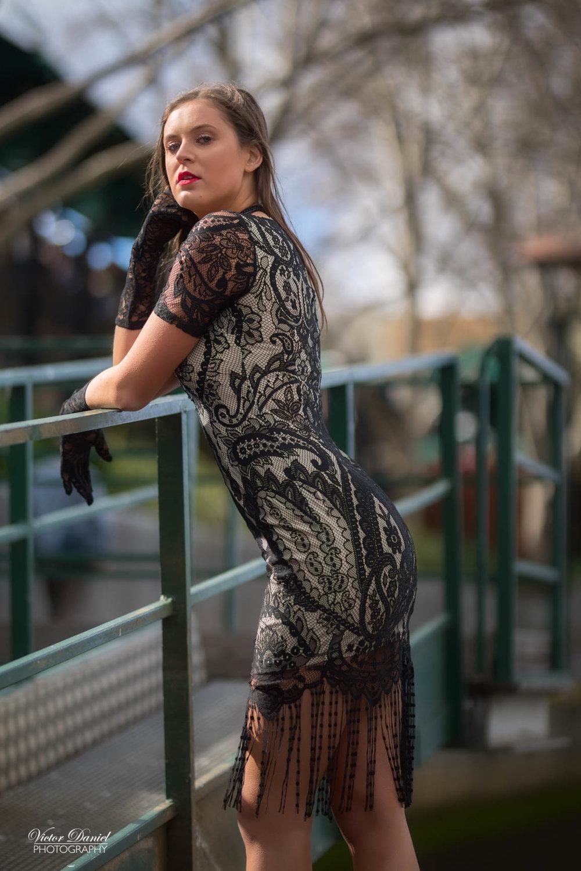 Model : Courtney Davey