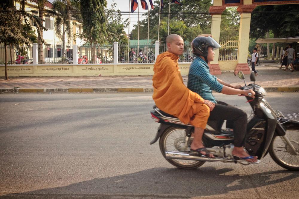 Mopeds_Cambodia_iP.03.jpg