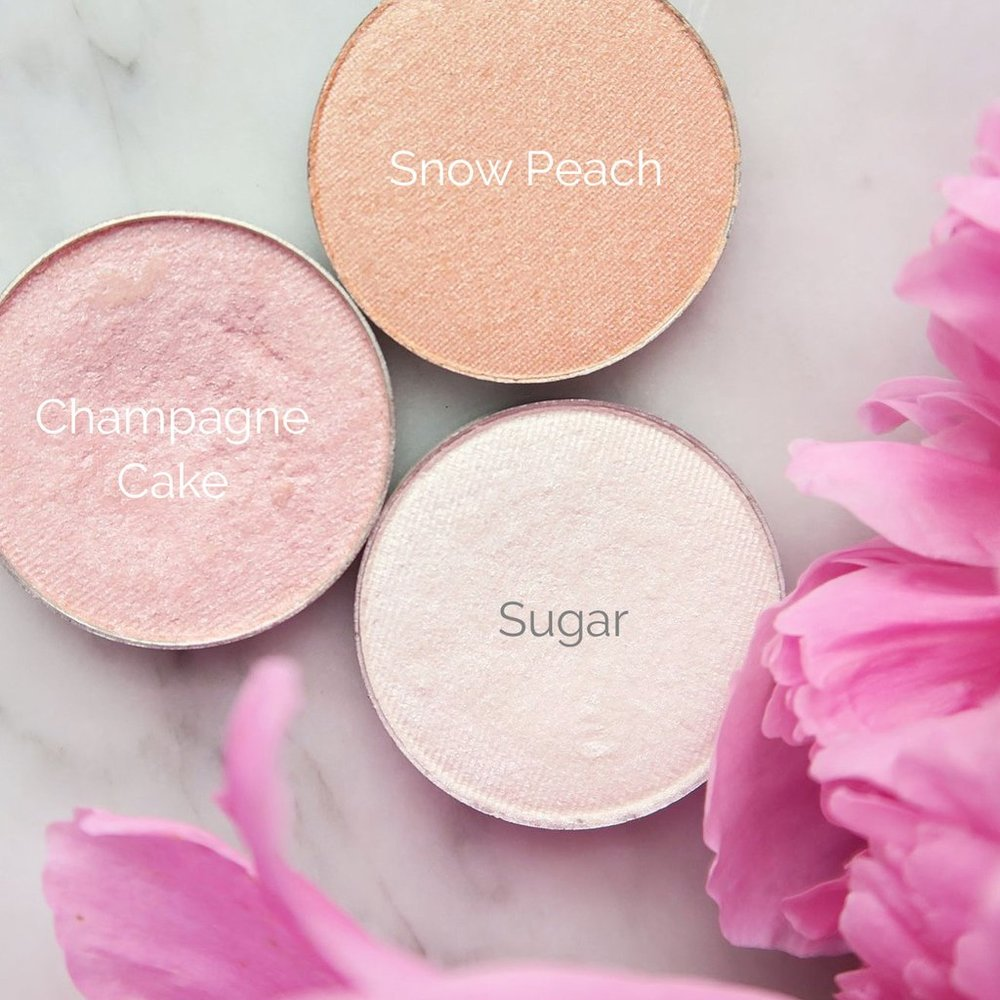 Root Pretty Cosmetics - They make high quality Natural and Organic beautiful products! Great for building your own pallette!
