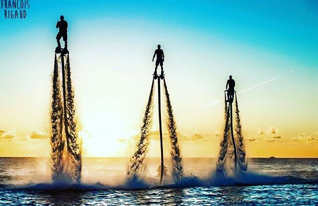 Just an awesome #photo of #flyboarding and #jetovator going on.  Visit our website www.flyboardhamptons.com for all your Flyboard, #Hoverboard, and #Jetpack needs!  #flyboardshow #summertime #newyork #newyorkcity #i❤️nyc #nyc #suffolkcounty #longisland #hamptons #hamptonslife #yachtlife #luxury #yacht  #jetski #beach #fun #ocean #extremewatersports #thehamptons #flyboardhamptons #duneroad #nofilter #eastmoriches #westhampton #watersport