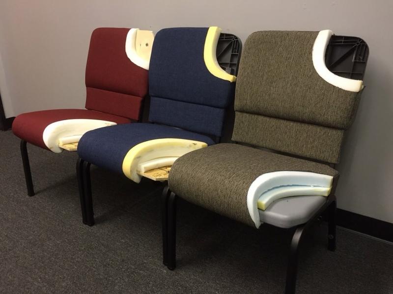 El-interior-de-tres-modelos-de-sillas-1.JPG