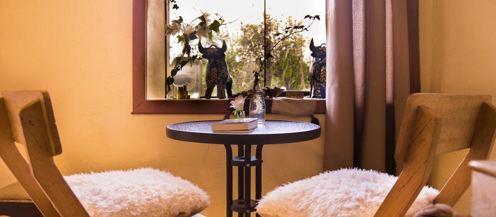 table Room 2.jpg