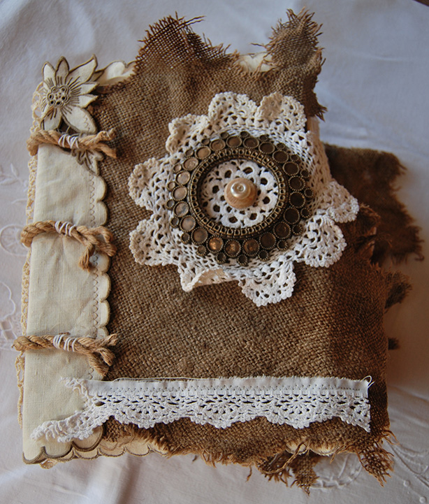 Rags&Lace-Fabric&PaperBook01