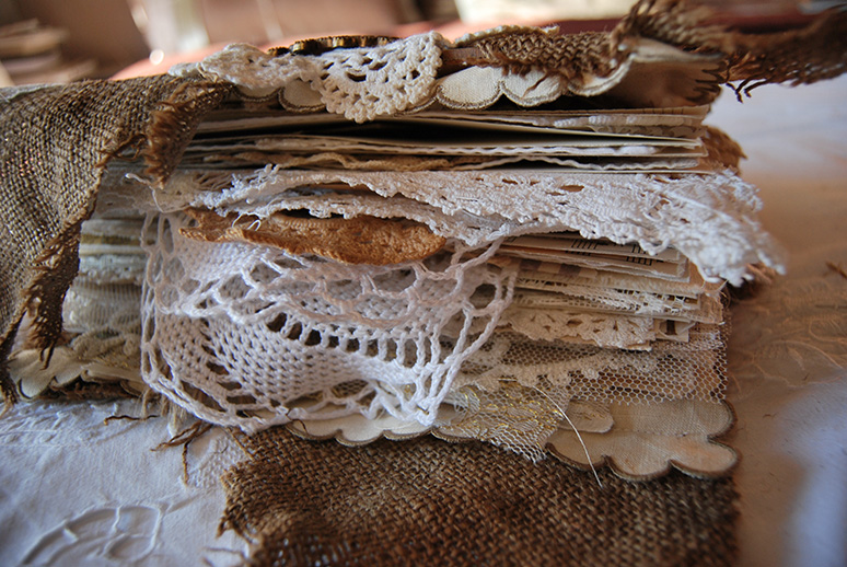 Rags&Lace-Fabric&PaperBook06