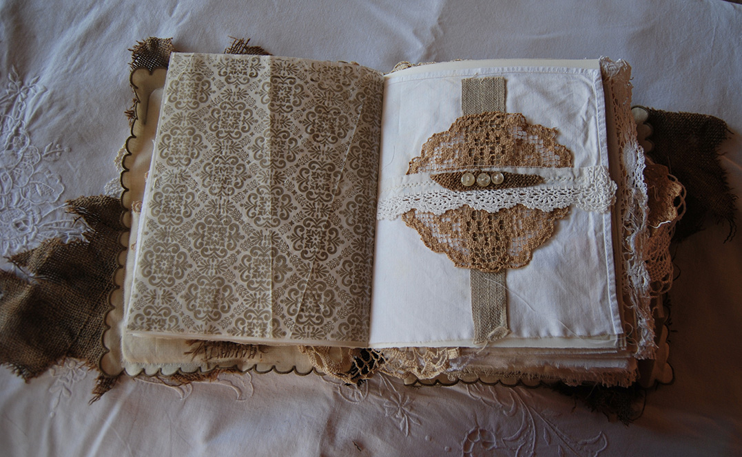 Rags&Lace-Fabric&PaperBook11