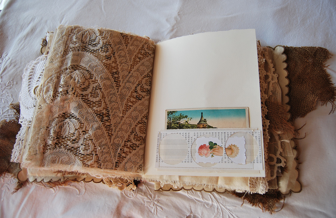 Rags&Lace-Fabric&PaperBook29