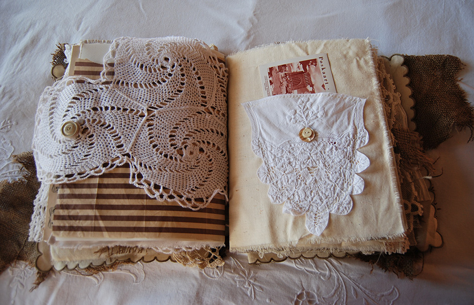 Rags&Lace-Fabric&PaperBook32