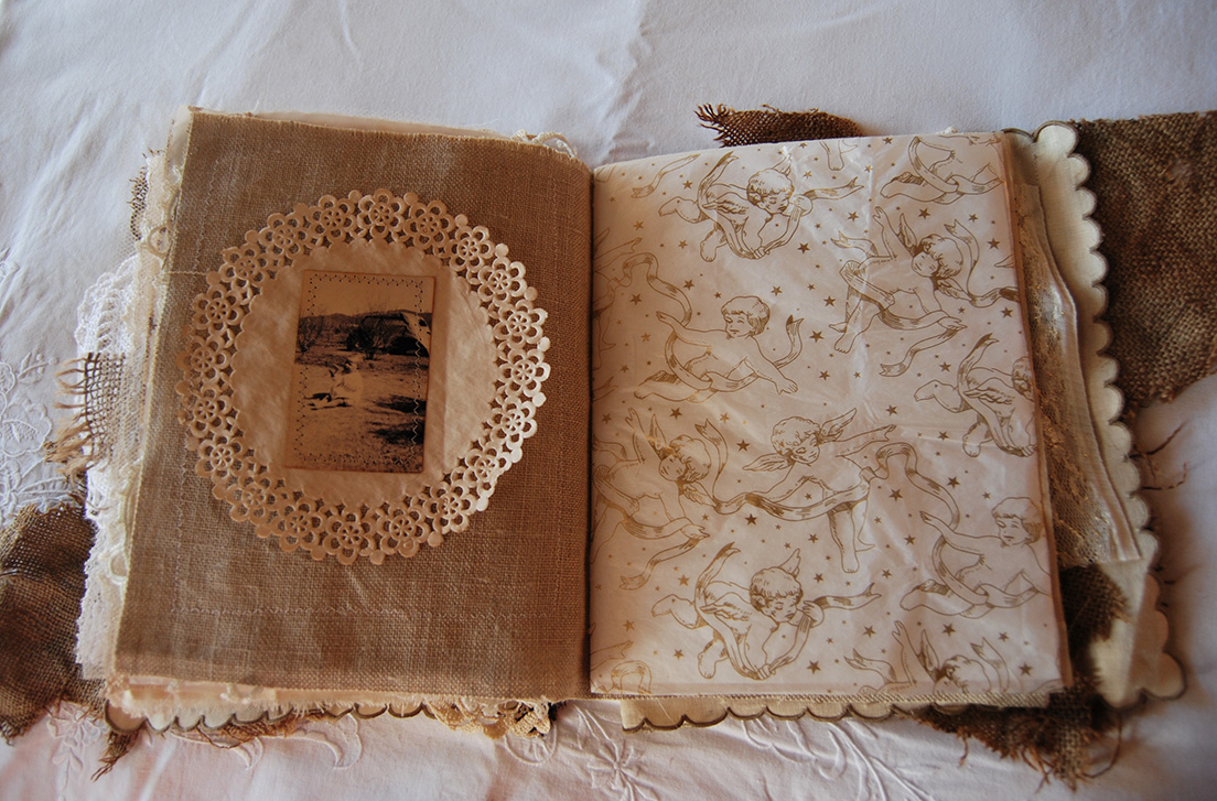 Rags&Lace-Fabric&PaperBook35
