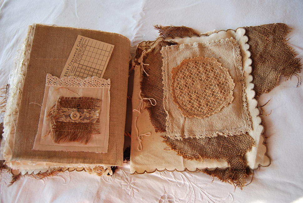 Rags&Lace-Fabric&PaperBook39