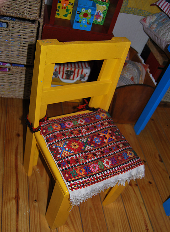 Chair_Cushion_From_Tapestry_Handag