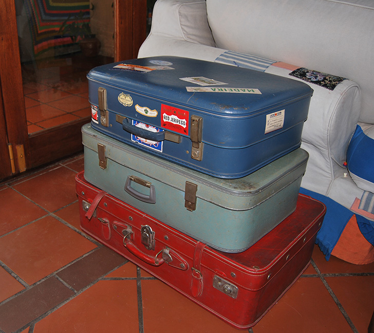 Repurposed_Vintage_Suitcases