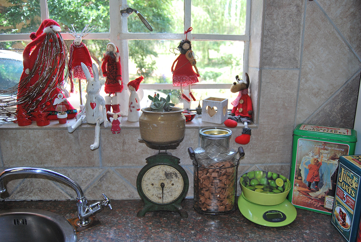 Vintage Christmas Window & Repurposed Vintage Scale