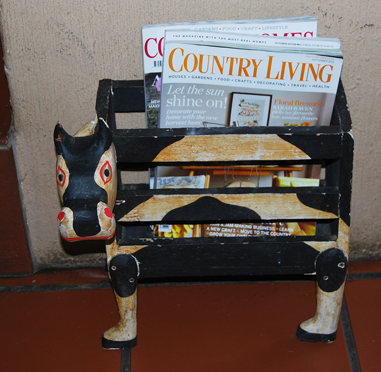 Vintage Magazine Cow Stand