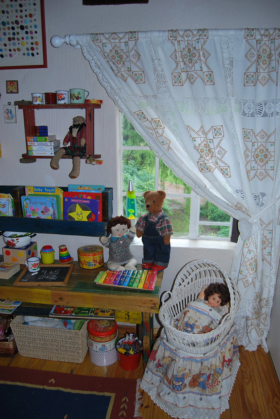Vintage_Childs_Room04