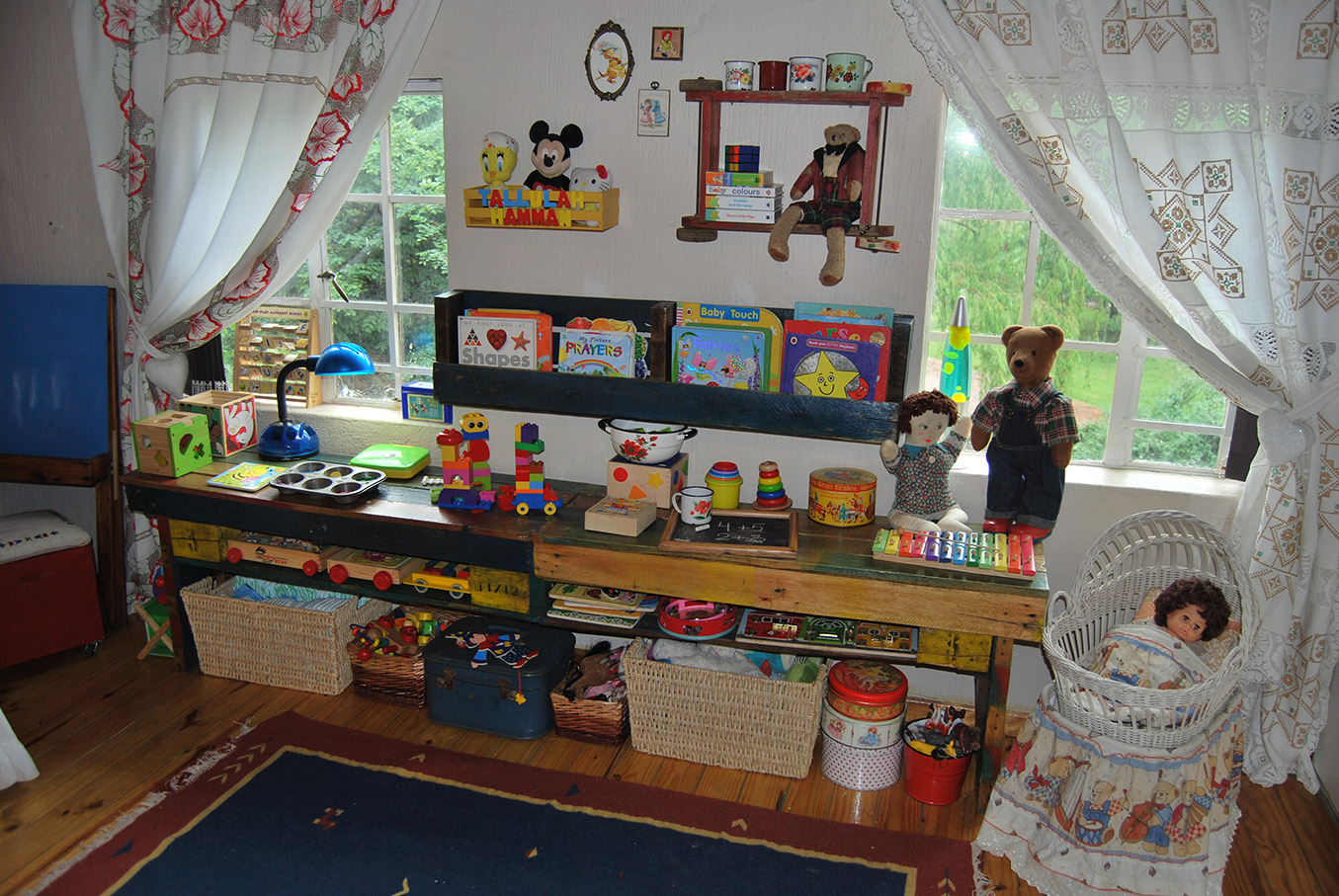 Vintage_Childs_Room08