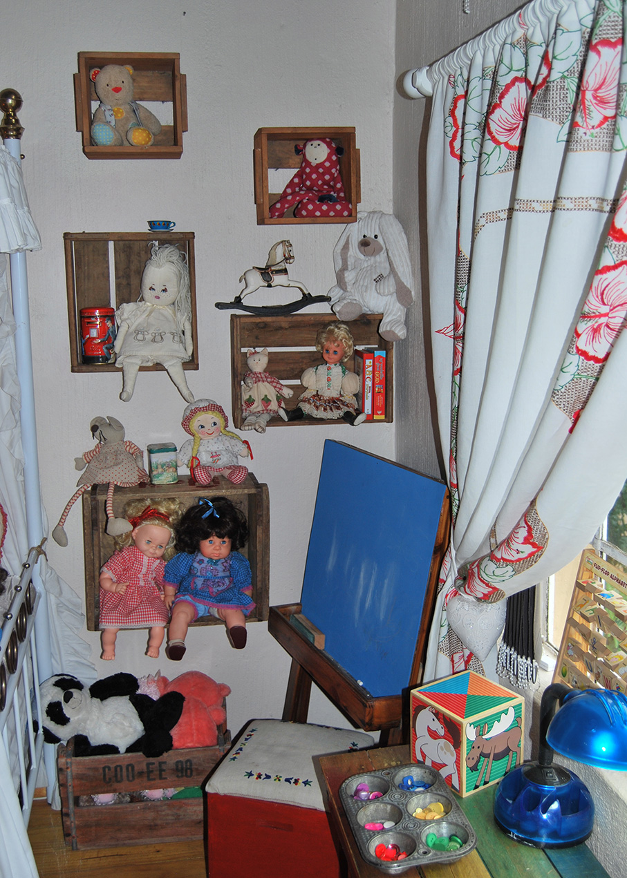Vintage_Childs_Room10
