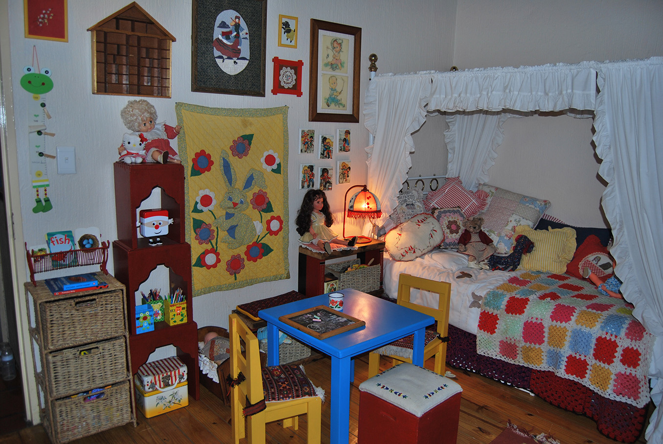 Vintage_Childs_Room13