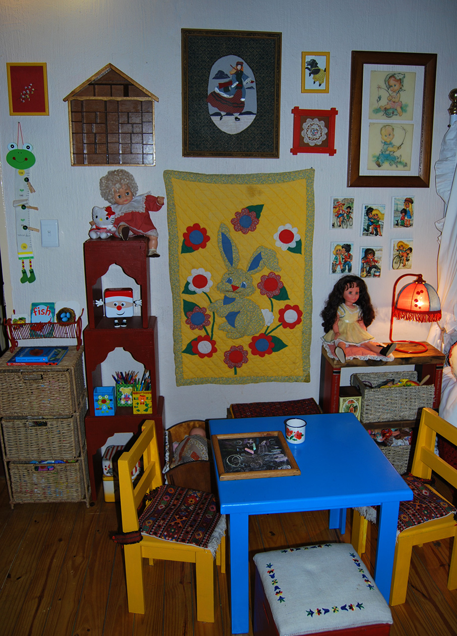 Vintage_Childs_Room17
