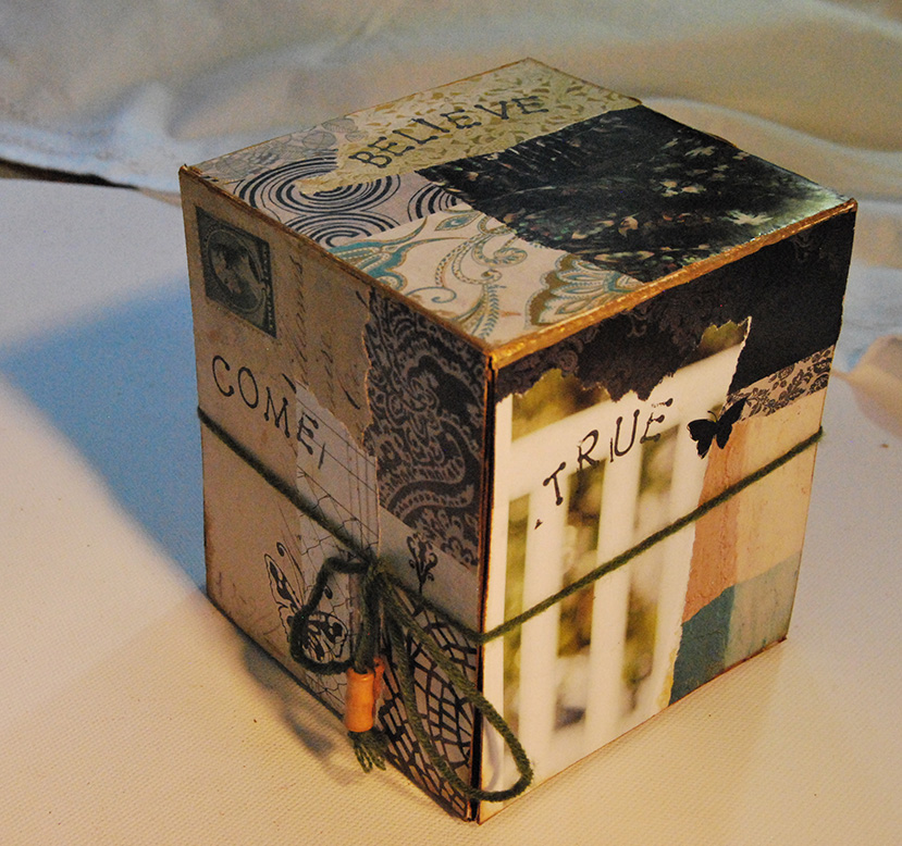 MixedMediaDreamBoxGreen04