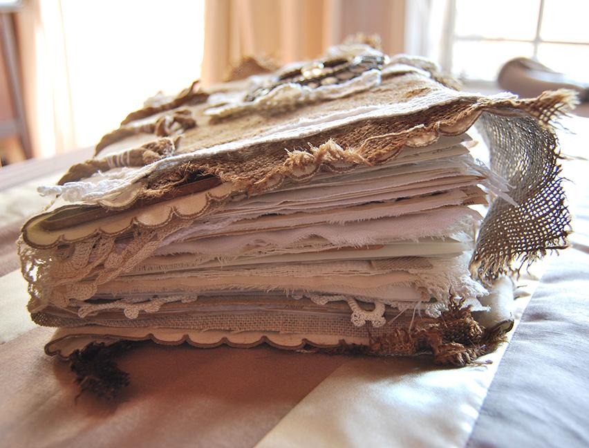 RagsLace-FabricPaperBook05.jpg