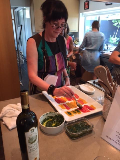Pranzo EstivoWS_Toni preparing peppers.JPG