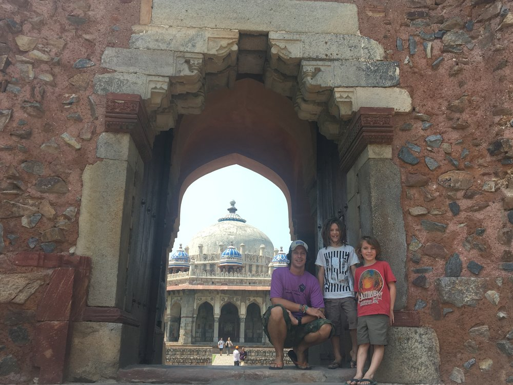 Looking through the arch at Humayan's Tomb, Delhi.