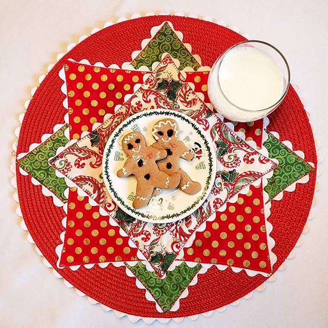 Cookies and milk for Santa!  #dandelionrosedesign  #sew #quilting #christmas #charlotte #rickrack #fabric #placemats #babylockusa #babylocksewing