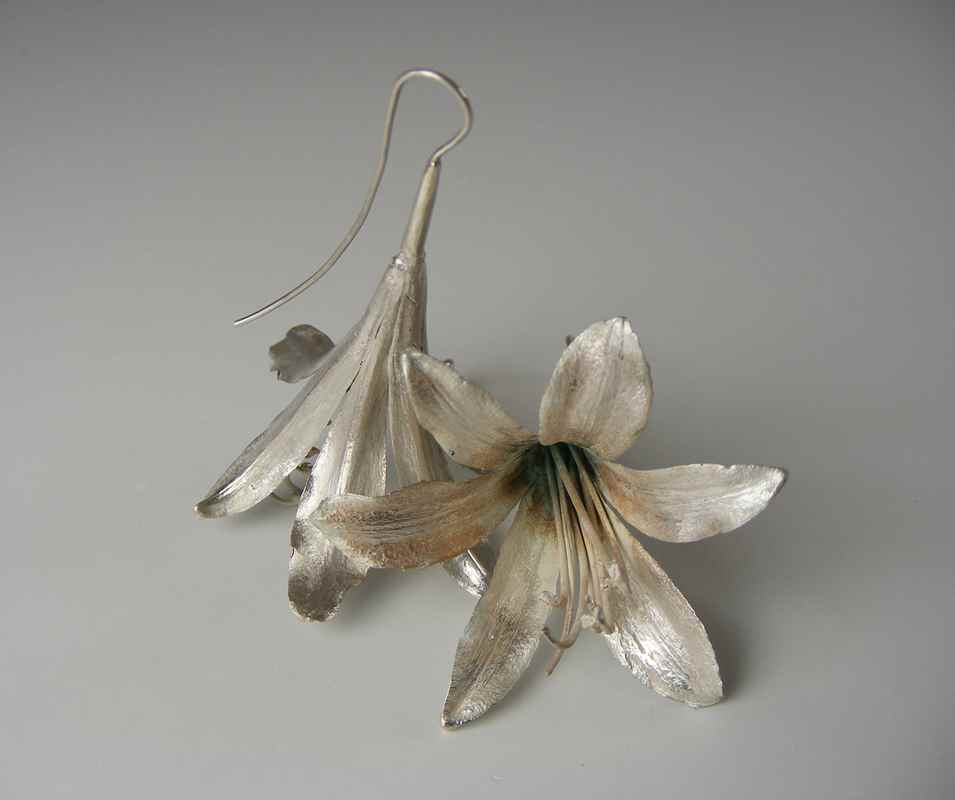 Agapanthus earrings silver NBE002 & NBE001.jpg