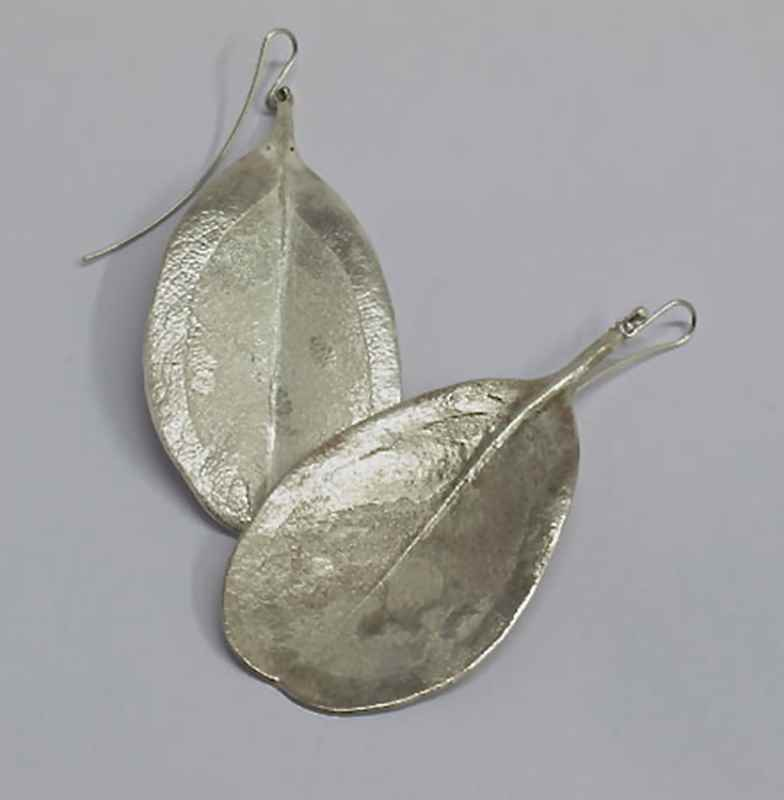 White milkwood leaf earrings NBE058.jpg