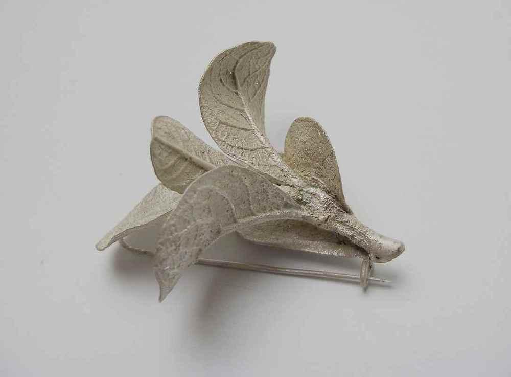 Wild Camphor leaf brooch NBB003.jpg
