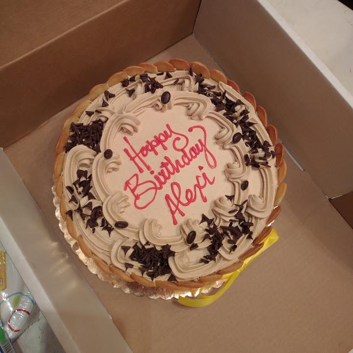 Oh yeah mama, that's Tiramisu cake.