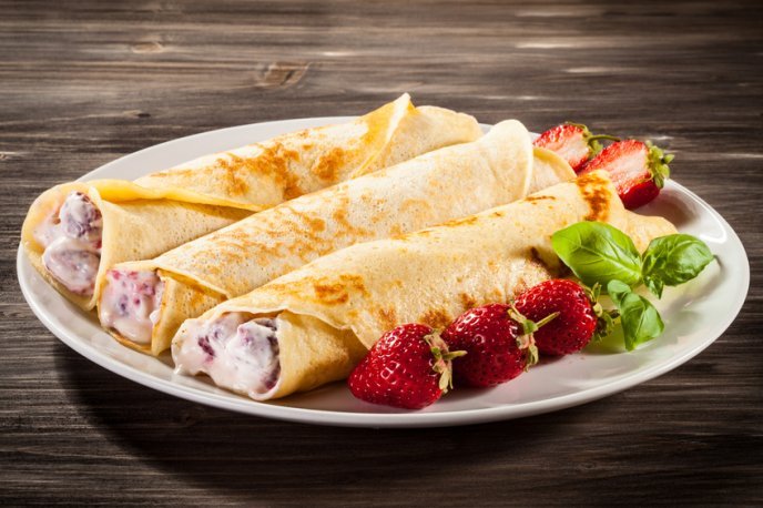 Crepas con queso y fresas / Foto: iStock