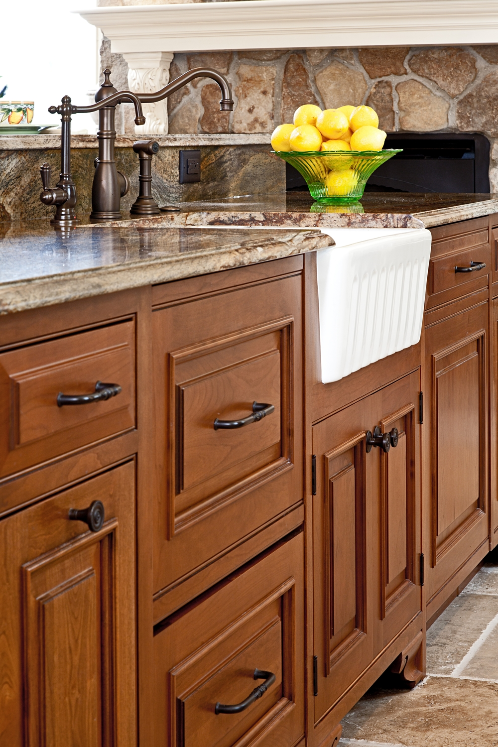 MaryCourvilleDesigns_Kitchen_2.JPG