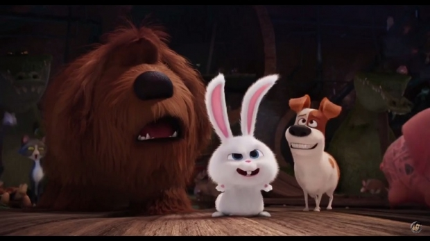 From left to right: Eric Stonestreet (Duke), Kevin Hart (Snowball), and Louis C.K. (Max) star in 'The Secret Life of Pets'